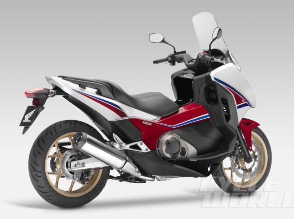 2014-Honda-Integra-rear-34-590x441