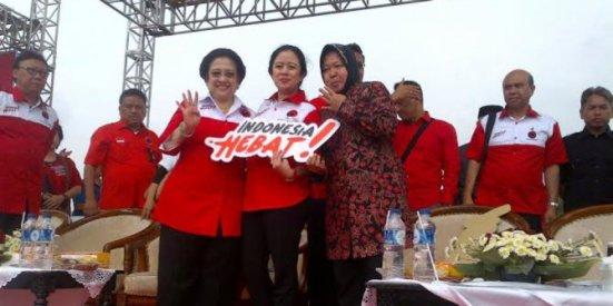 kampanye-bareng-mega-risma-pilih-pakai-batik