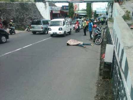 laka lantas kecelakaan