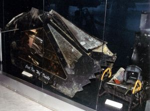 800px-F-117_canopy
