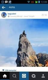 Bergaya di atas tebing puncak Merapi, Pemuda ini jatuh ke dalam kawah GunungMerapi