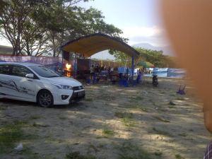 Bentrok TNI Polri di Polman. Foto: polewaliterkini.com