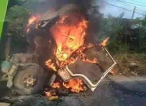 truk dibakar